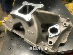 18 Degree Chevy Bowtie new Nascar heads P/N 10134364 with Bowtie Manifold
